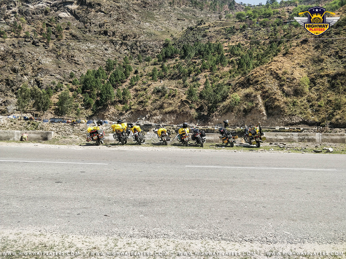 Highway Players after Jeori during the Ride to Chitkul