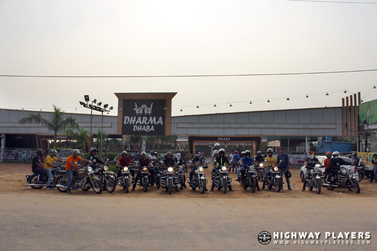 Highway Players ride to Dharma Dhaba on Mathura highway