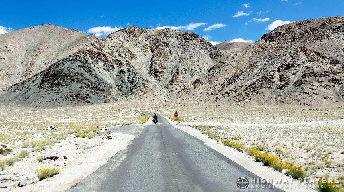 ride, straight road, road, himalaya