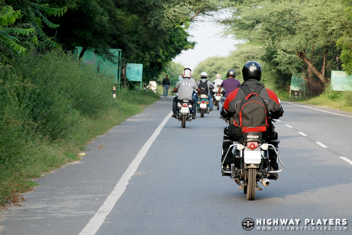 road, riders