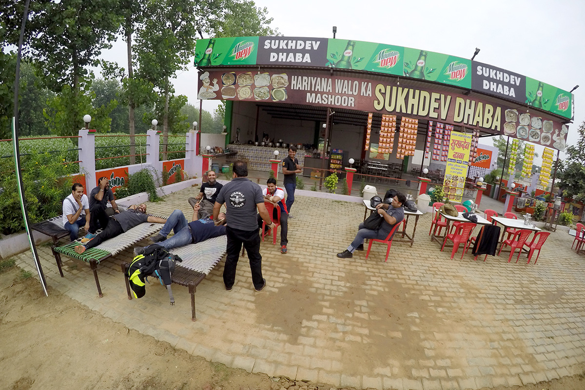 Highway Players ride to Sukhdev Dhaba on Meerut highway