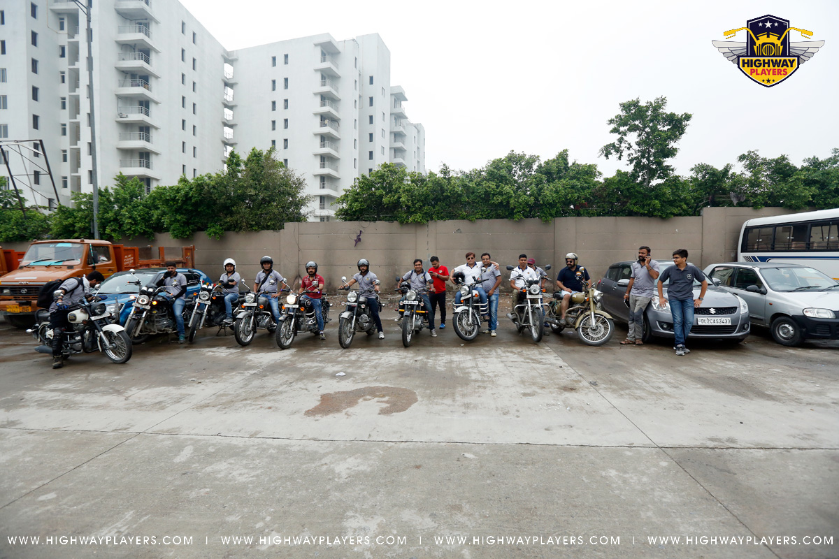 Highway Players start their ride from Majnu ka Tila to Misionaries of Charity